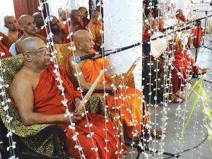dharma shalawa at vajiraramaya temple 01