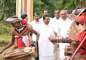 Jagath Sumathipala - Dining room donation for Dompe Bandaranayake Elders Home 2018 07